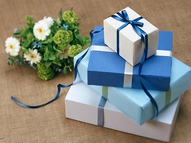 Liebevolle Präsente dürfen am Muttertag nicht fehlen. (Quelle: Soledadsnp (CC0-Lizenz)/ pixabay.com)