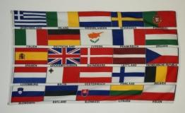 Flagge EUROPALÄNDER (Nr. 3) Länder von Europa Fahne - Stoffgewicht 100 gr/m2 (!!) - KEINE hauchdünne Ware - Grösse: 90 x 150 cm - Siebdruck - Robuster / fester Stoff - Reissfest - Innen / Aussenbereich - Hissvorrichtung: Messing Ösen - Besatzband - doppelt umsäumt - - 1