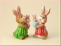 Hasenfamilie mit Kind 2er Set aus Porzellan als Osterdekoration - 1