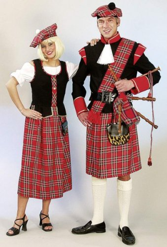 Kleid Schottin mit Barett - 2