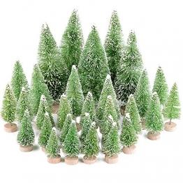 Miniatur Weihnachtsbäume als Deko, Tisch, Fenster 1