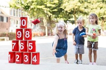 Outdoor-Spielzeug: Dosenwerfen, 6 Dosen, 3 Bälle - 4