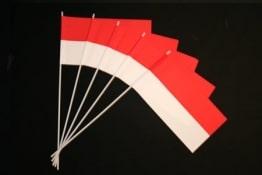 Rot-weiße Fahne: Papierfähnchen, 50er-Pack - 1