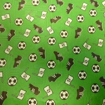 Tuschtuchrolle: Fußball-Tischdecke, Papier, grün, 10 x 1 m - 1